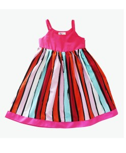 Robe d'enfant multicolore faite main