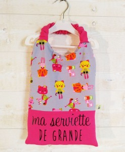Serviette de table rose pour fille
